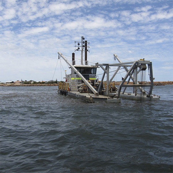 Marine_Cutter_Suction_Dredge_2